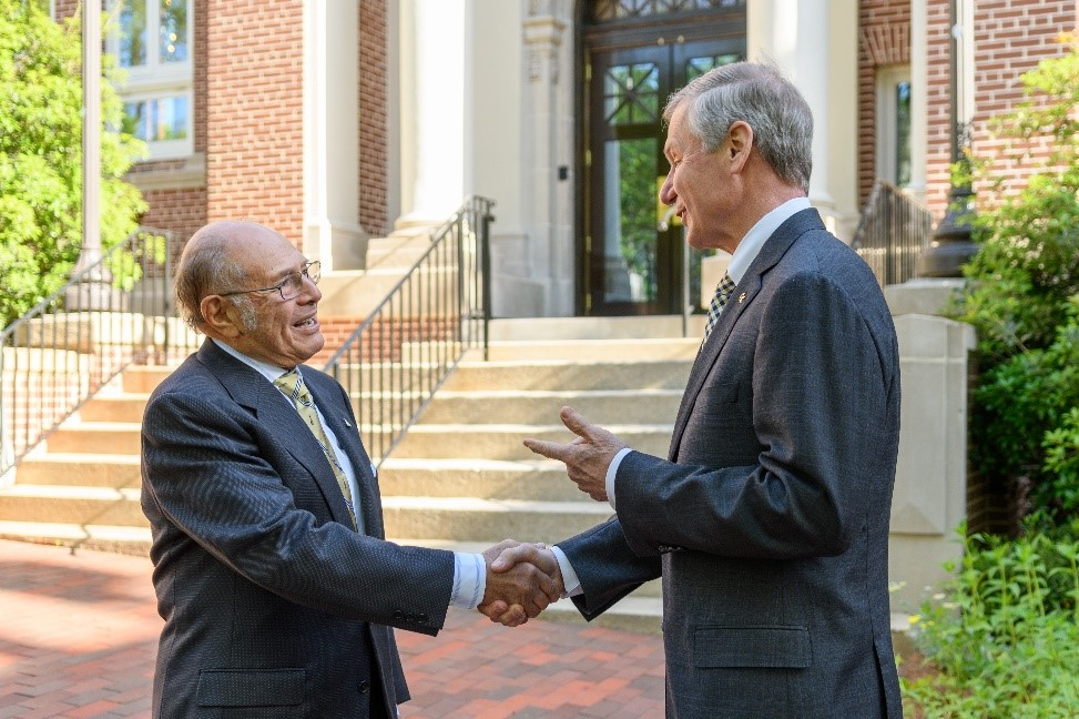 President Bud Peterson welcomes Ernest Scheller, Jr. to campus.