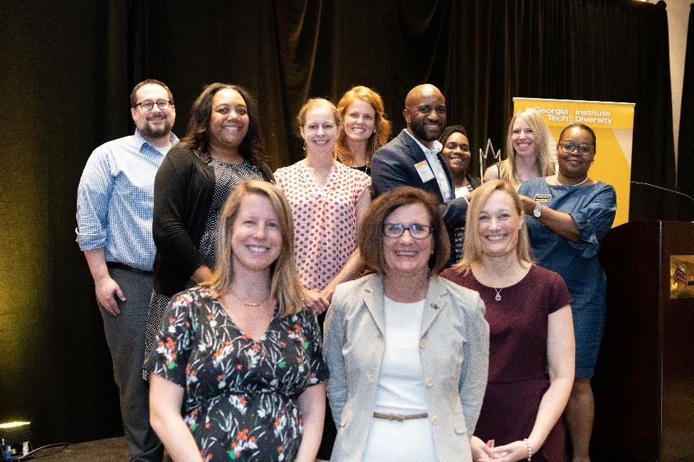 MBA Programs Office receives the 2018 Diversity Champion Unit award at the annual luncheon