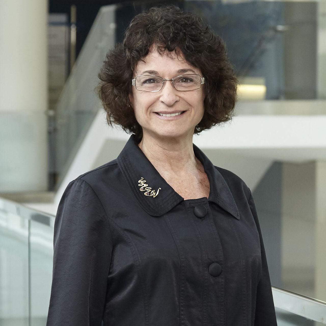 Dr. Cheryl Gaimon