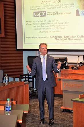 Andrei Iancu led a discussion at Scheller College of Business on innovation and invention.